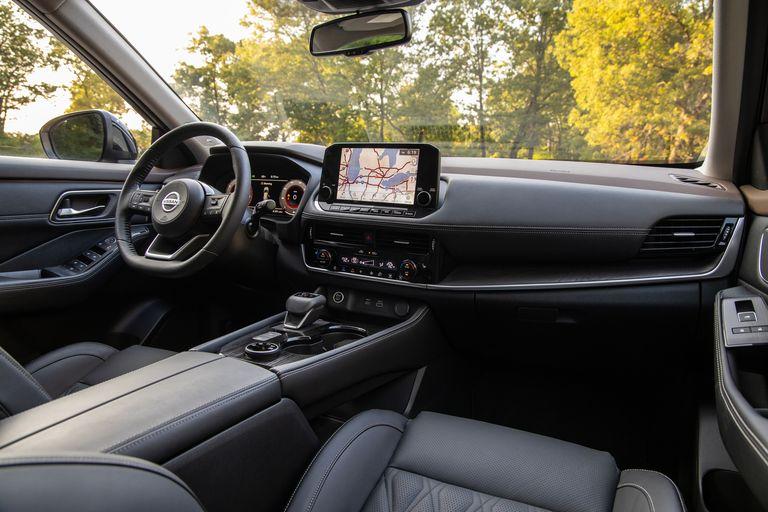 Nội thất Nissan Rogue Platinum AWD 2021